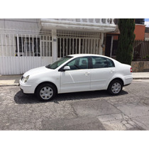 Volkswagen Polo 4p 1.6l Comfortline 5vel A/a Ee Cd 2005
