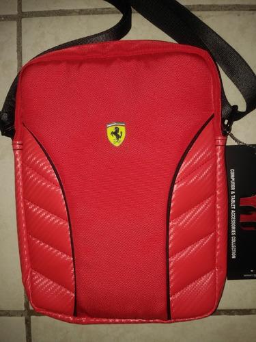 c443a6e39 Mochila / Mariconera Ferrari Roja, Original