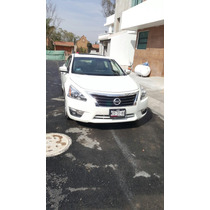 Nissan Altima 4p Exclusive 3.5 Aut 2014
