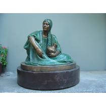 Escultura Víctor Hugo Castañeda, Mujer Con Ánfora Bronce