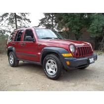 Camioneta Jeep Liberty Sport, Mod. 2006