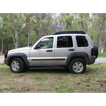 Jeep Liberty 5p Sport Aut 4x2 2007 Gris Plata