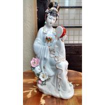 Geisha Larga Figura De Porcelana Hecha En Japon