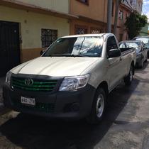 Toyota Hilux 2p Cabina Sencilla L4/2.7 Man 2014
