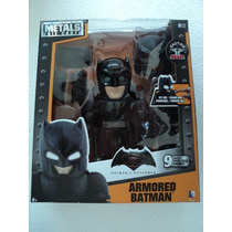 Jada Batman Armored Vs Superman Con Accesorios Die Cast M12