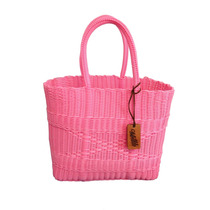Bolsa Tejida Grande Asa Corta Negra Diseño Moderno Rosa