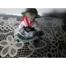 Muñequita Alemana De Porcelana
