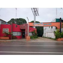Oportunidad Para Tu Proyecto! Amplio Local Ubicado En La Mejor Zona Comercial De Tampico, Av. Hidalgo. Cuenta Con Dos Plantas, La Planta Baja Con 474.27 Mts De Construcción; Además De Contar Con Un E
