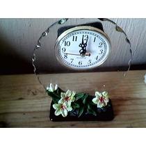 Reloj Con Vidrio Adorno