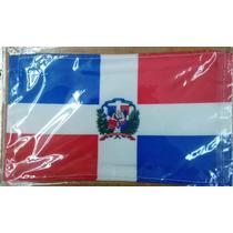 Bandera Republica Dominicana .90x1.58 Mts Poliester Satinado