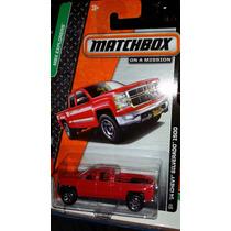 Matchbox 14 Chevy Silverado 1500 Roja