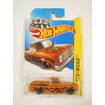 Hot Wheels Camioneta 83 Chevy Silverado Narnja 166/250 2013
