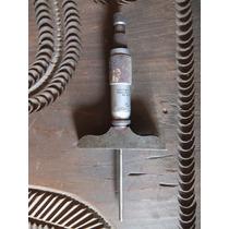 Micrometro Fabricado En Metal De La Marca The L.s. Starrett