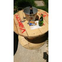 Mesa Para Jardín Con Cubeta De Cervezas