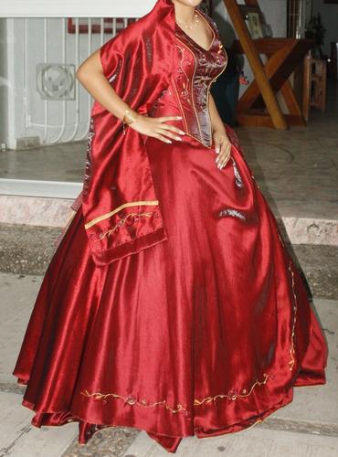 Vestido Xv Años Color Vino Cuello Halter En Venta En Centro