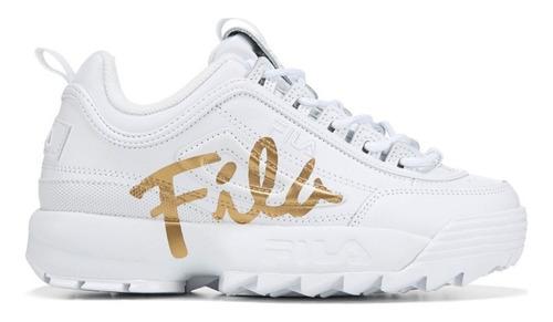 fila blancas y doradas