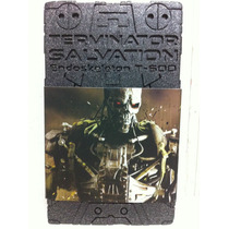 Hot Toys T-600 Terminator Salvation Endoskeleton 1/6 Nuevo
