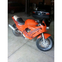 Moto Suzuki Motor Honda