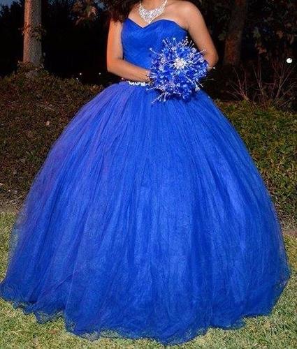 Vestido De Xv Años Color Azul Rey Con Accesorios En Venta
