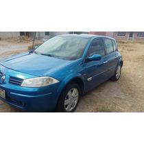 Renault Megan. 48