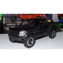 1:24 Ford F-150 Svt Raptor 2011 Negro Mate Jada Toys Display