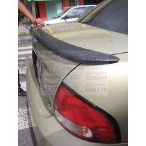 Sentra 2004 Aleron Modelo Flush Rodeando Enblema De Nissan