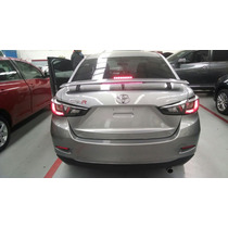 Toyota Yaris R , 2015 ; Te Vendo El Spoiler Deportivo C/stop