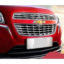 Cubirtas En Chromo Para Parilla Frontal Chevrolet Trax 2014