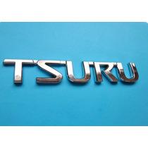Emblema Nissan Tsuru
