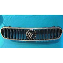 Parrilla Original Para Auto Ford Usada Vv4