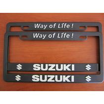 Juego 2 Portaplacas Y 4 Tapones De Valvula Logo Suzuki