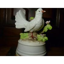Bonita Paloma Musical Fabricada En Porcelana Funcionando