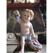 Figura De Niño Con Uvas Fabricada En Porcelana Lefton China