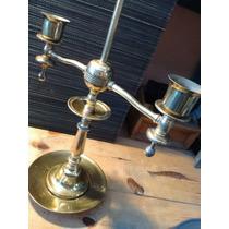 Antiguo Candelero Para Dos Velas Latonado En Bronce