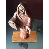 Figura Tallada En Madera De La Santa Muerte Antigua