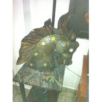 Preciosa Escultura Caballo En Madera Daa