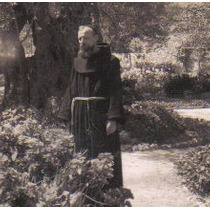 Antigua Postal Años 50´s Jerusalem Con Monje Color Sepia Hm4