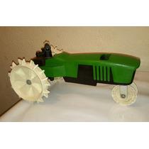 Tractor A Escala, Aspersor P Jardin Acero Solido D Coleccion