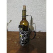 Porta Vinos Antiguo. No Incluye Botella