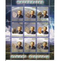 Albert Einstein Y Meteoritos