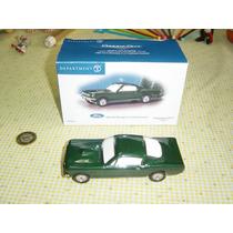 Carrito Shelby Mustang Coleccionable De Cerámica Estudio 56
