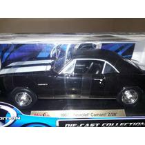 1967 Chevrolet Camaro Z/28 Maisto Escala 1/18
