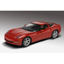Revell 85-2840 1/25 ´05 Chevy Corvette C6 Plastic Model Kit
