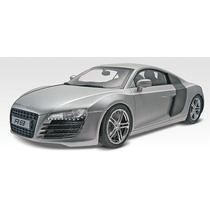 Revell 85-4211 1/24 Audi R8 Plastic Model Kit
