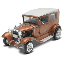 Ford 1931 Modelo A Rata Rod 1/25 Revell