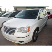 Chrysler T&c Signature, Aut, 6 Vel, Color Blanco, Mod. 2010