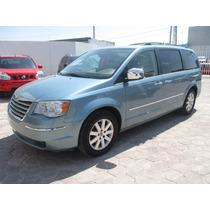 Chrysler T&c, Signature, Aut, Color Azul, Modelo 2010,