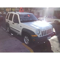 Jeep Liberty Sport, 5p. Automática 4x4