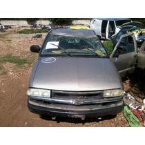 Deshueso Chevrolet S10 99 Piezas Impecables!!!!