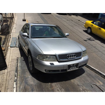 Audi A4 2001 Plata 4 Puertas Chocado